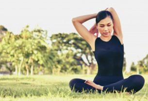 Beautiful Women Maintain Health With Yoga Exercises 42416 203
