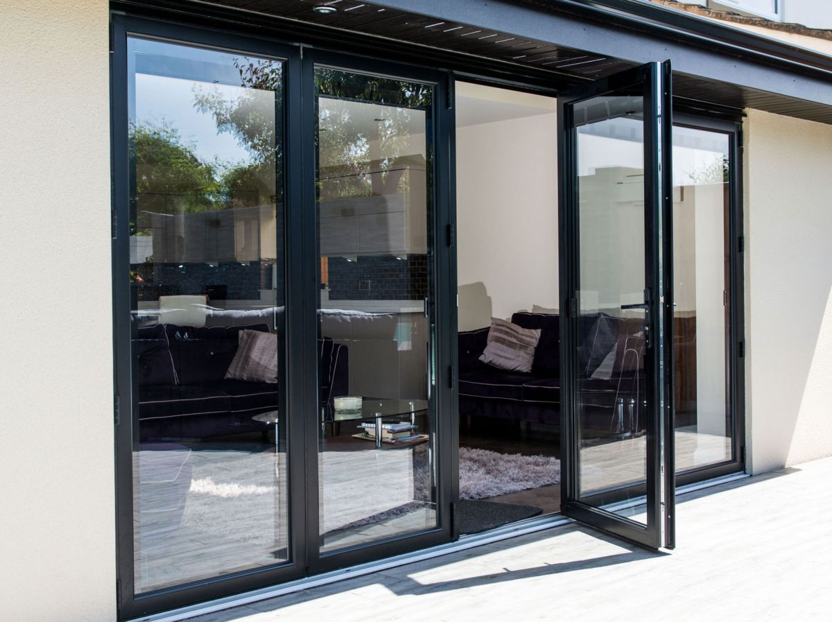 5 Reasons Why You Should Choose Aluminium Doors For Office